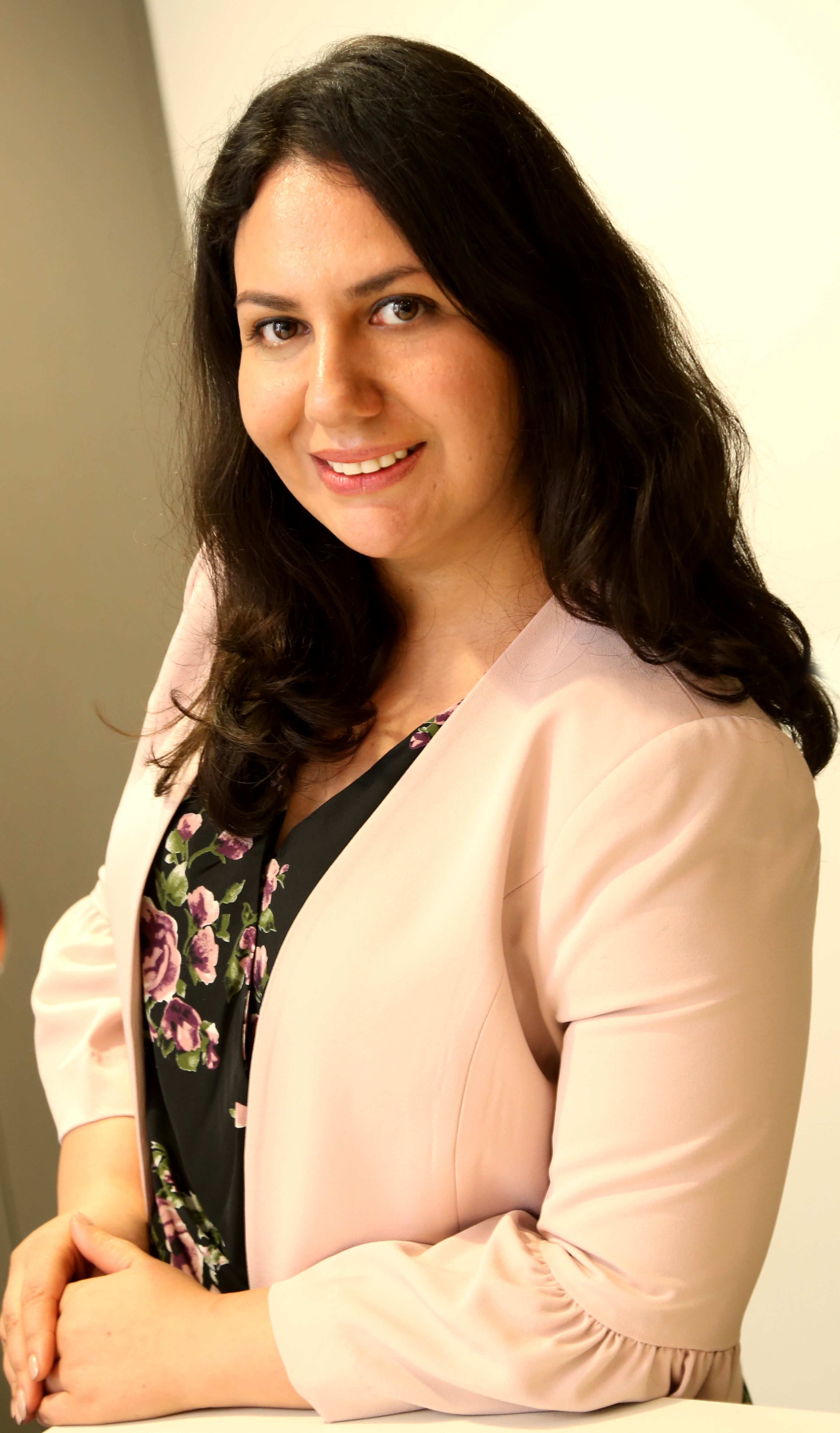 Photo of Mona Aghdaee