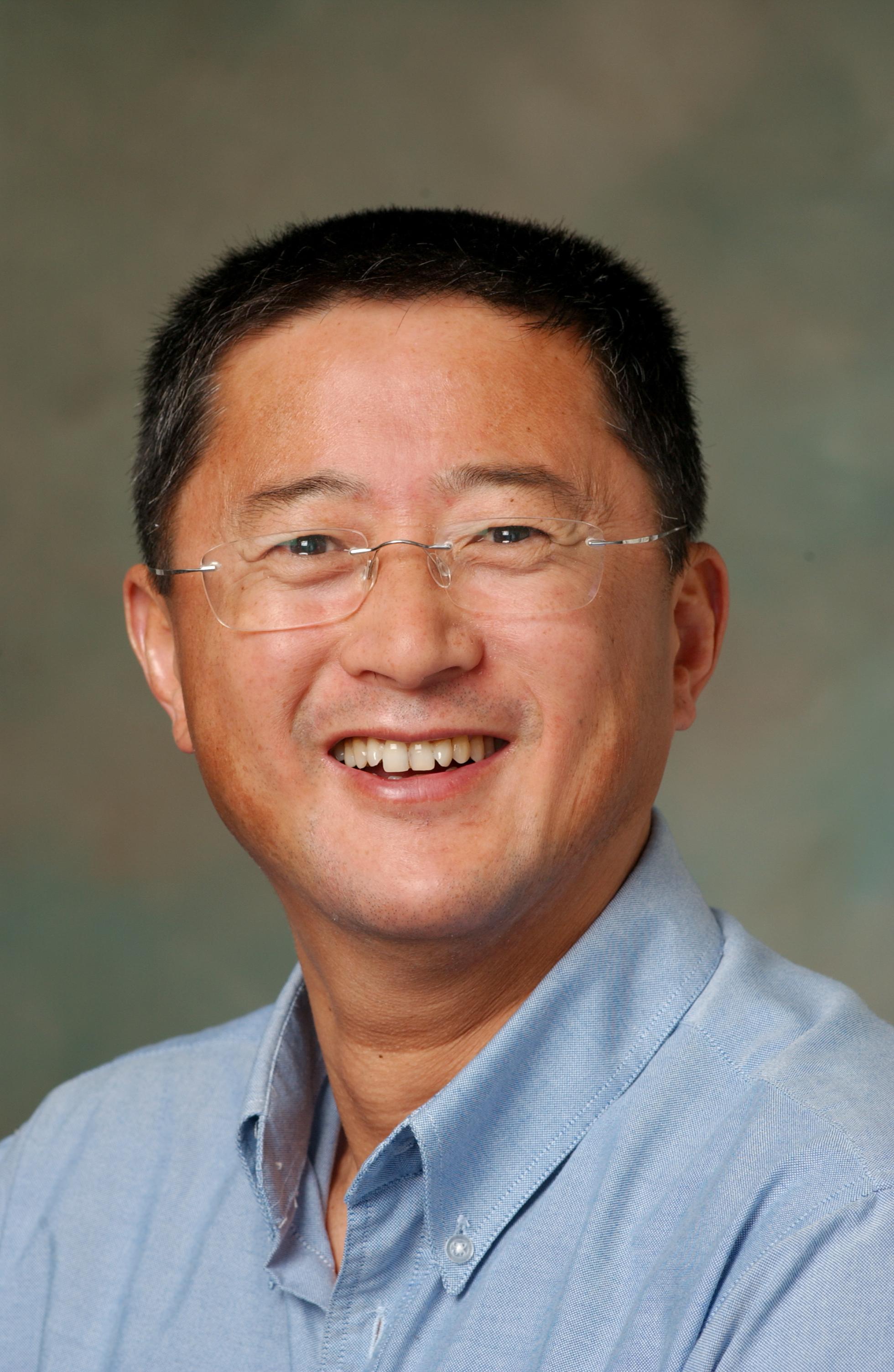 Photo of Zhongwei Song